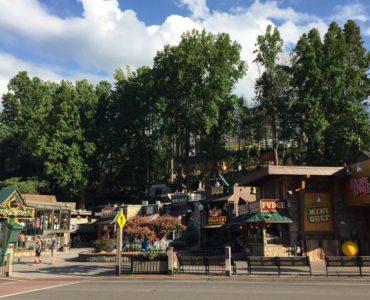 스모키 마운틴 근처 관광명소-개틀린버그-Gatlinburg, TN